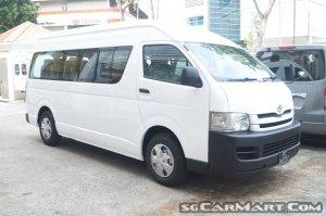 Toyota Hiace Commuter (COE till 05/2024)