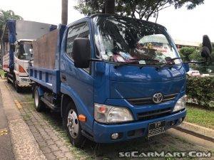 Toyota Dyna Dump