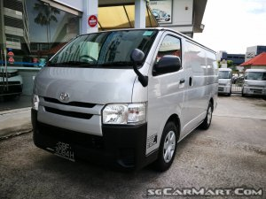 Toyota Hiace 3.0M DX