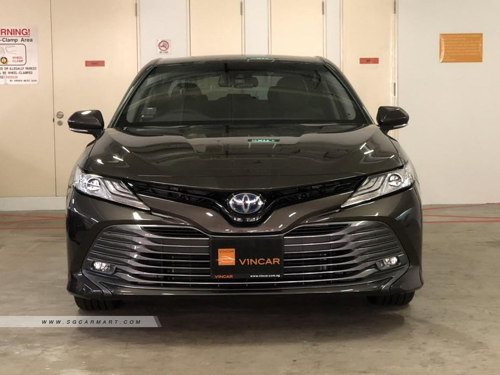 New Camry 2018 Singapore >> 2018 Toyota Camry Hybrid 2 5a G Photos Pictures Singapore Stcars
