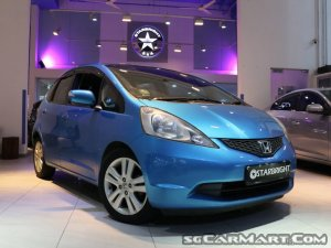Used Honda Jazz 1 3a L New 5 Yr Coe Car For Sale In Singapore