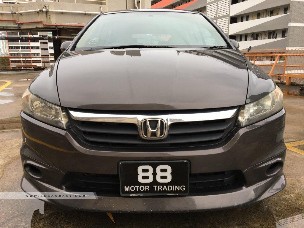 Honda Stream 1.8A (New 5-yr COE)