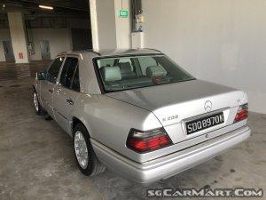 Mercedes-Benz 200E (COE till 03/2029)