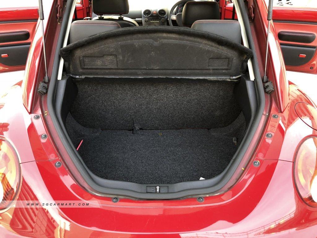 Volkswagen Beetle 1.6A (New 5-yr COE)