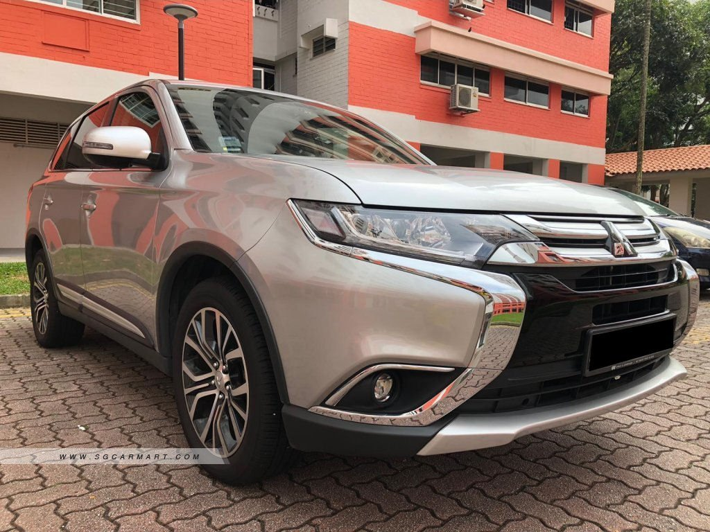 2018 mitsubishi outlander 2 0a photos pictures singapore stcars rh stcars sg