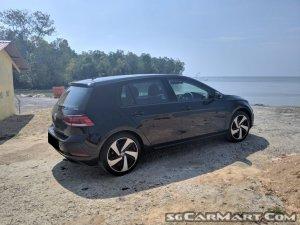 Volkswagen Golf 1.0A TSI