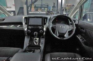 Toyota Alphard 2.5A SC