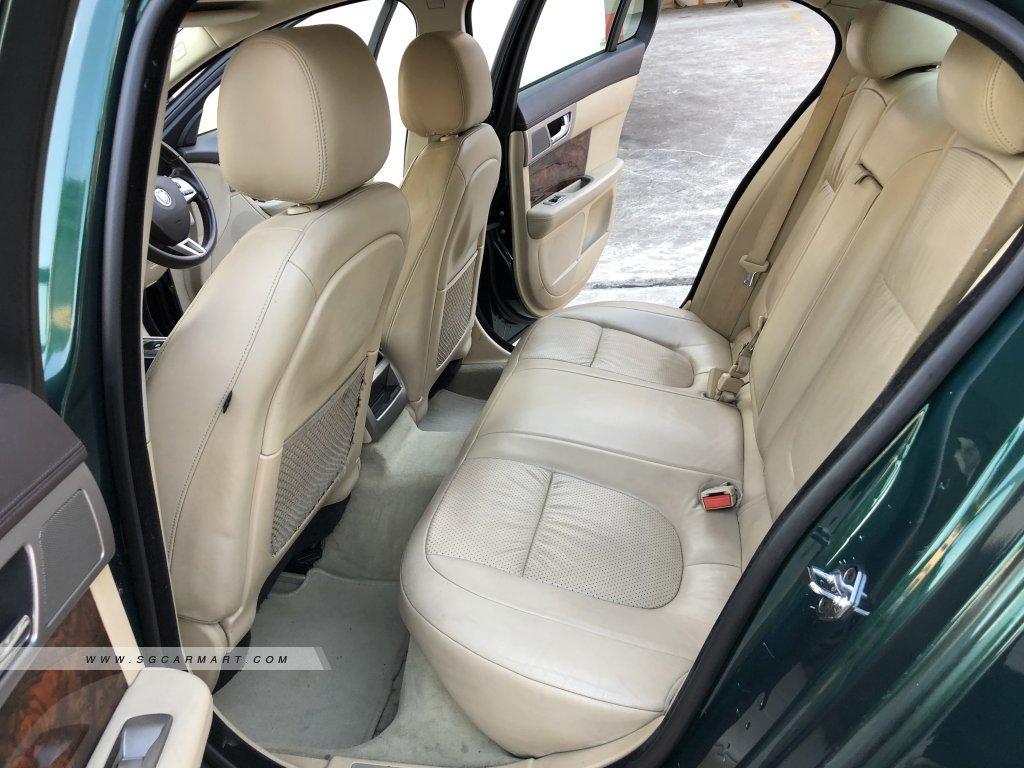Jaguar XF 3.0A Premium Luxury (New 10-yr COE)