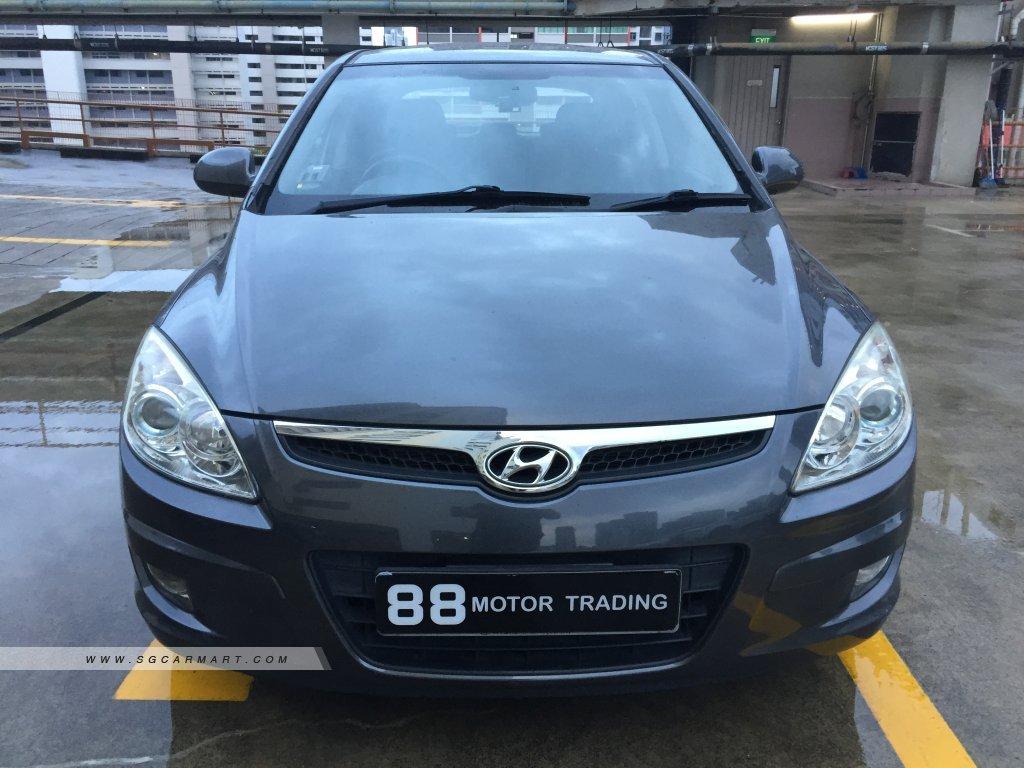 Hyundai i30 1.6A Sunroof (COE till 04/2024)