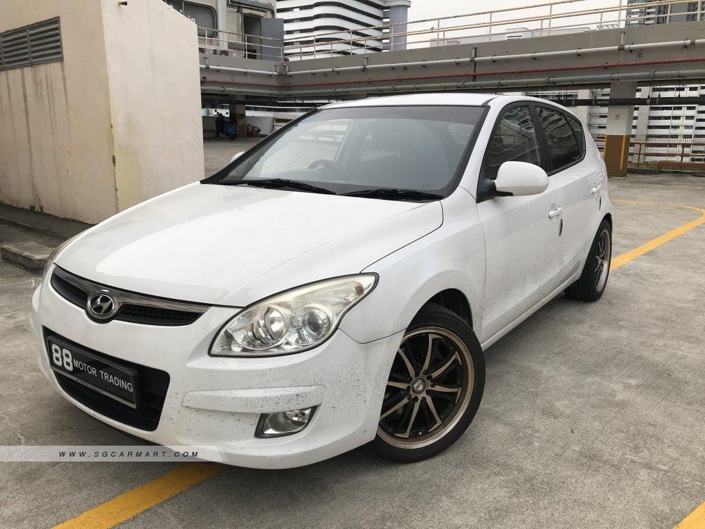 Hyundai i30 1.6A (COE till 04/2024)