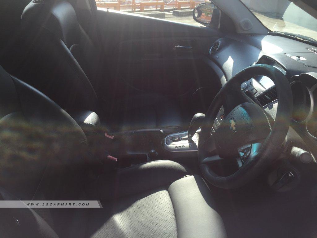 Chevrolet Cruze 1.6A (OPC)