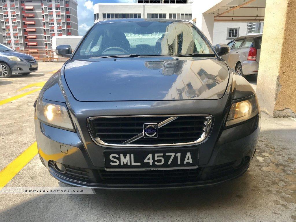 Volvo S40 2.4I (COE till 11/2022)