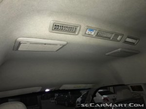 Toyota Hiace Commuter 3.0A High Roof (COE till 01/2024)