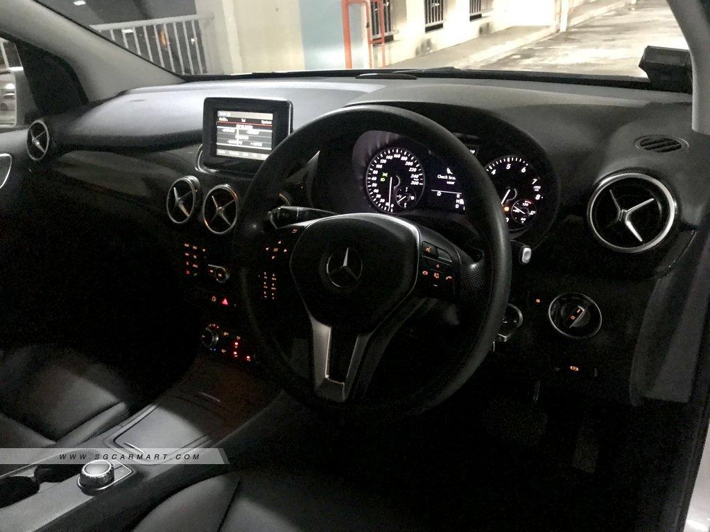 Mercedes-Benz B-Class B200 Chrome