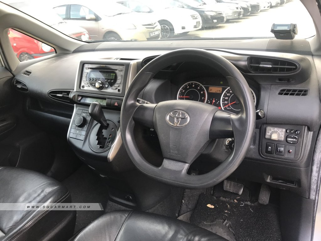 Toyota Wish 2.0A (New 10-yr COE)