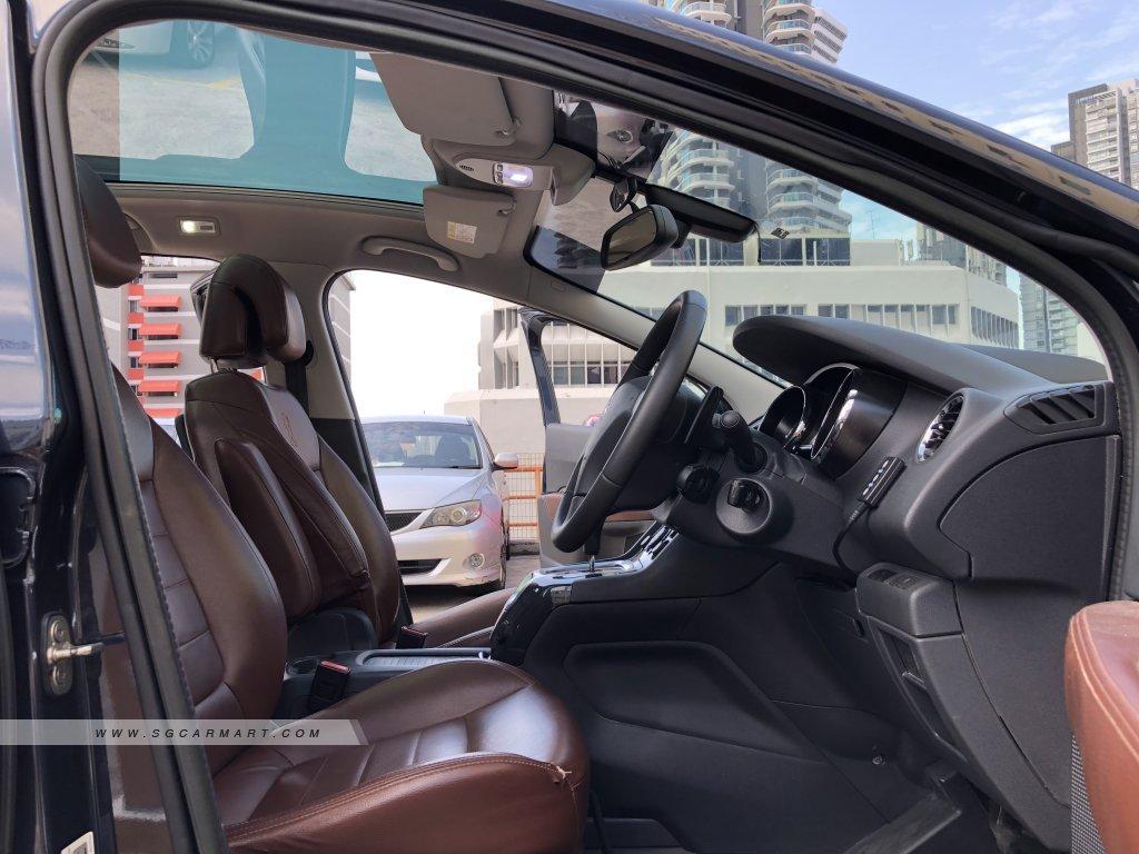 Peugeot 5008 Diesel 1.6A e-HDi ETG