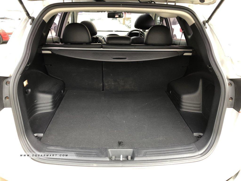 Hyundai Tucson 2.0A Sunroof (New 10-yr COE)