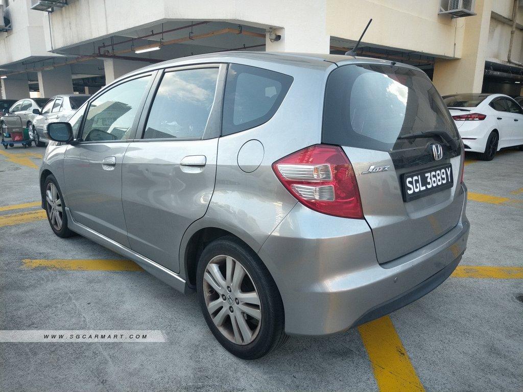Honda Jazz 1.5A (New 5-yr COE)