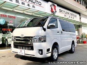 Toyota Hiace 2.8A Super GL Dark Prime