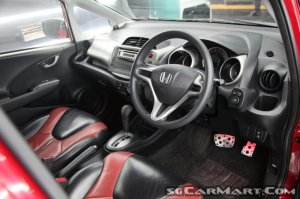 Honda Fit 1.3A G (New 5-yr COE)
