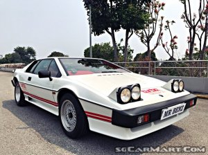 Lotus Esprit Turbo (New 10-yr COE)