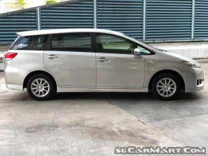Toyota Wish 2.0A (COE till 11/2029)