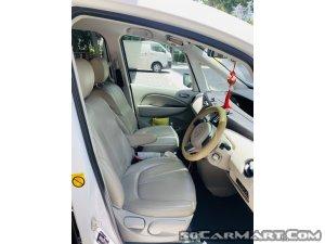 Mazda Biante 2.0A