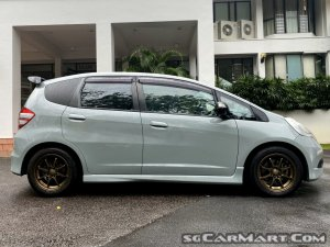Honda Jazz 1.5A L (COE till 11/2023)