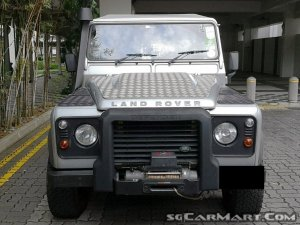 Land Rover Defender 110 (New 10-yr COE)