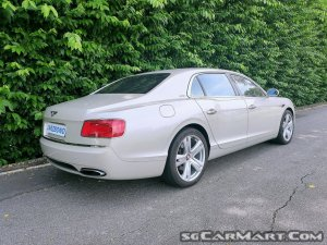 Bentley Flying Spur 6.0A W12