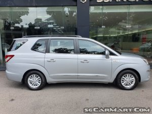 Ssangyong Stavic Diesel 2.0A eXDI 9-Seater