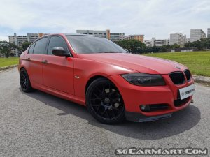 BMW 3 Series 320i (COE till 12/2028)