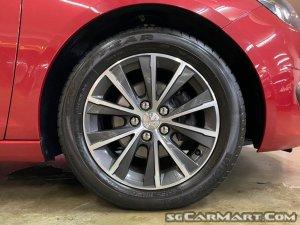 Peugeot 308 1.2A PureTech Allure (OPC)