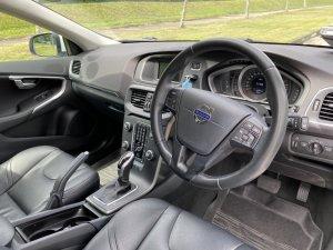Volvo V40 T2