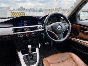 BMW 3 Series 320i Sunroof (New 10-yr COE)