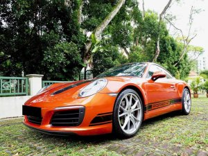 Porsche 911 Carrera PDK