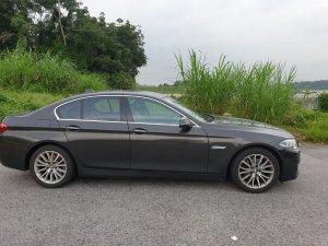 BMW 5 Series 520i Luxury