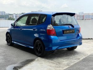 Honda Jazz 1.3A (COE till 12/2022)