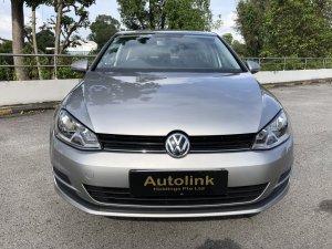 Volkswagen Golf 1.2A TSI