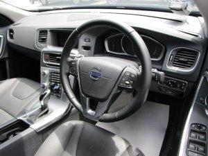 Volvo S60 T2