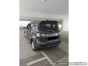 Toyota Sienta 1.5A Standard