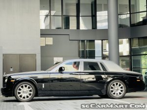 Rolls-Royce Phantom Series II (New 10-yr COE)