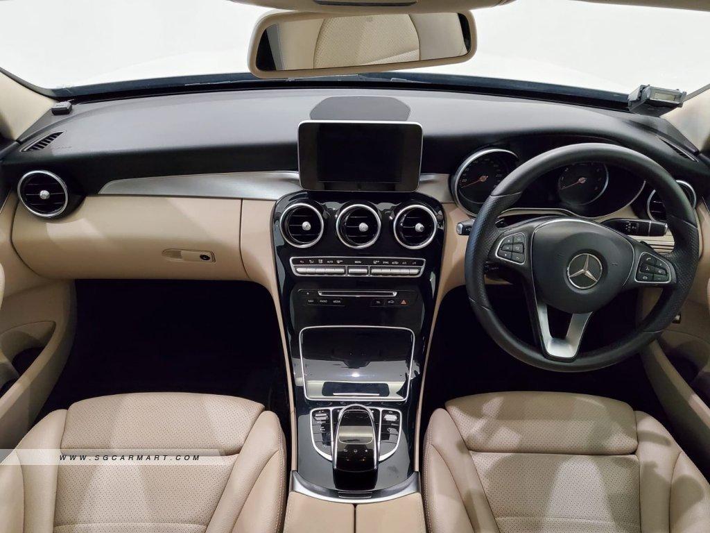 2016 Mercedes-Benz C180 Avantgarde