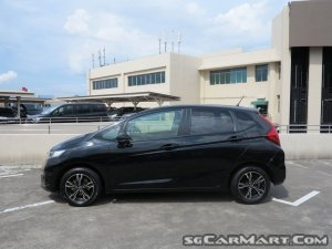 Honda Fit 1.3A G F-Package