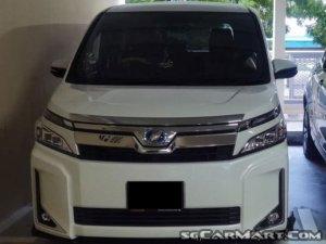 Toyota Voxy Hybrid 1.8A V