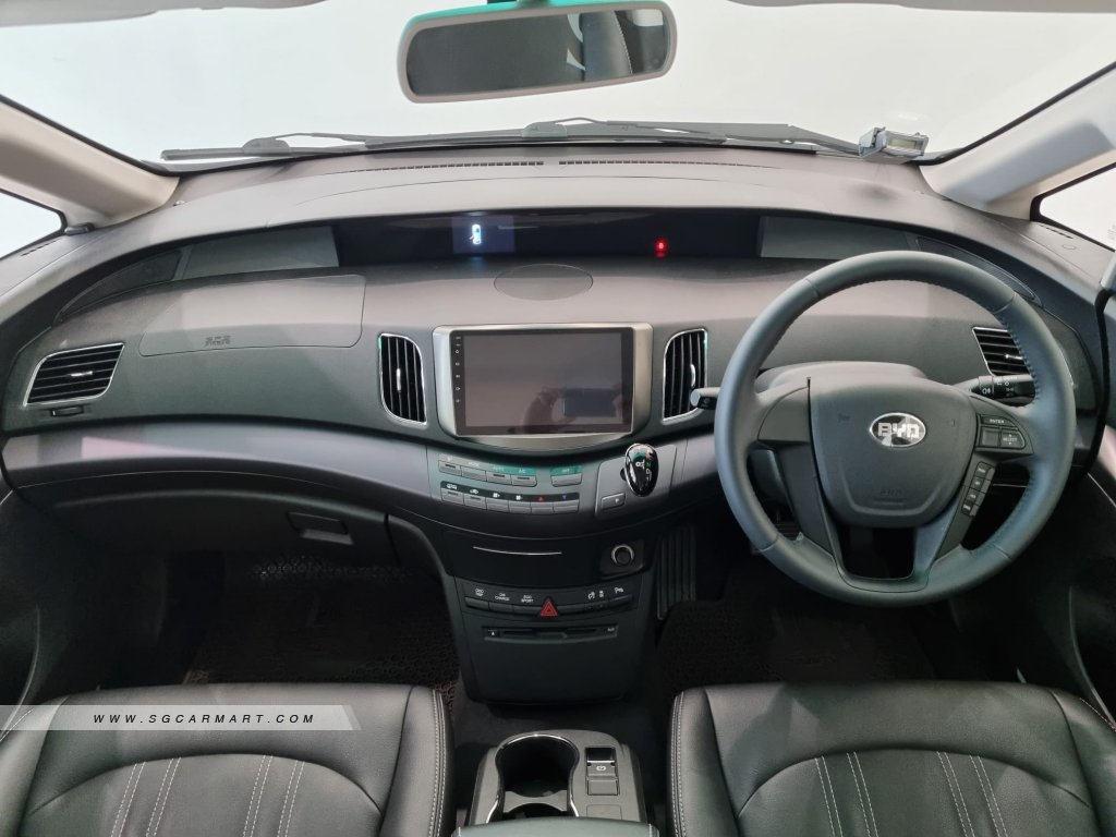 2021 BYD e6 Electric