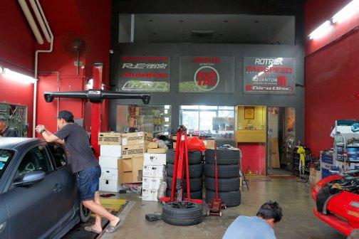 Monster Garage - sgCarMart