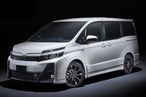 Toyota Voxy Hybrid Global Carz Edition