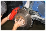 Car braking system - Inspection and servicing
