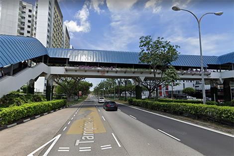 Tampines Avenue 1 overhead bridge